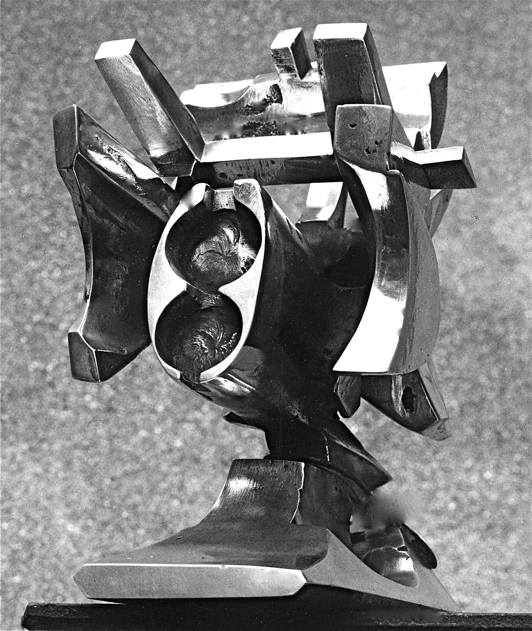 ENGIN-ARMEE-1
